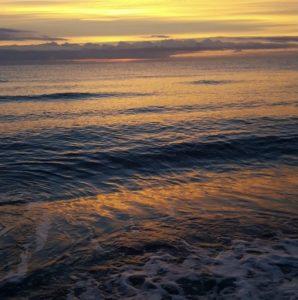 Le soleil se couche sur Rico-Plage