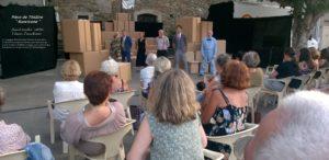 Pièce de théâtre au Village de Talasani